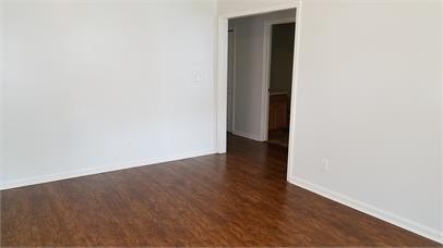 2339 Chestnut Street,Louisville,Kentucky 40211,3 Bedrooms Bedrooms,1 BathroomBathrooms,Home,Chestnut ,1035